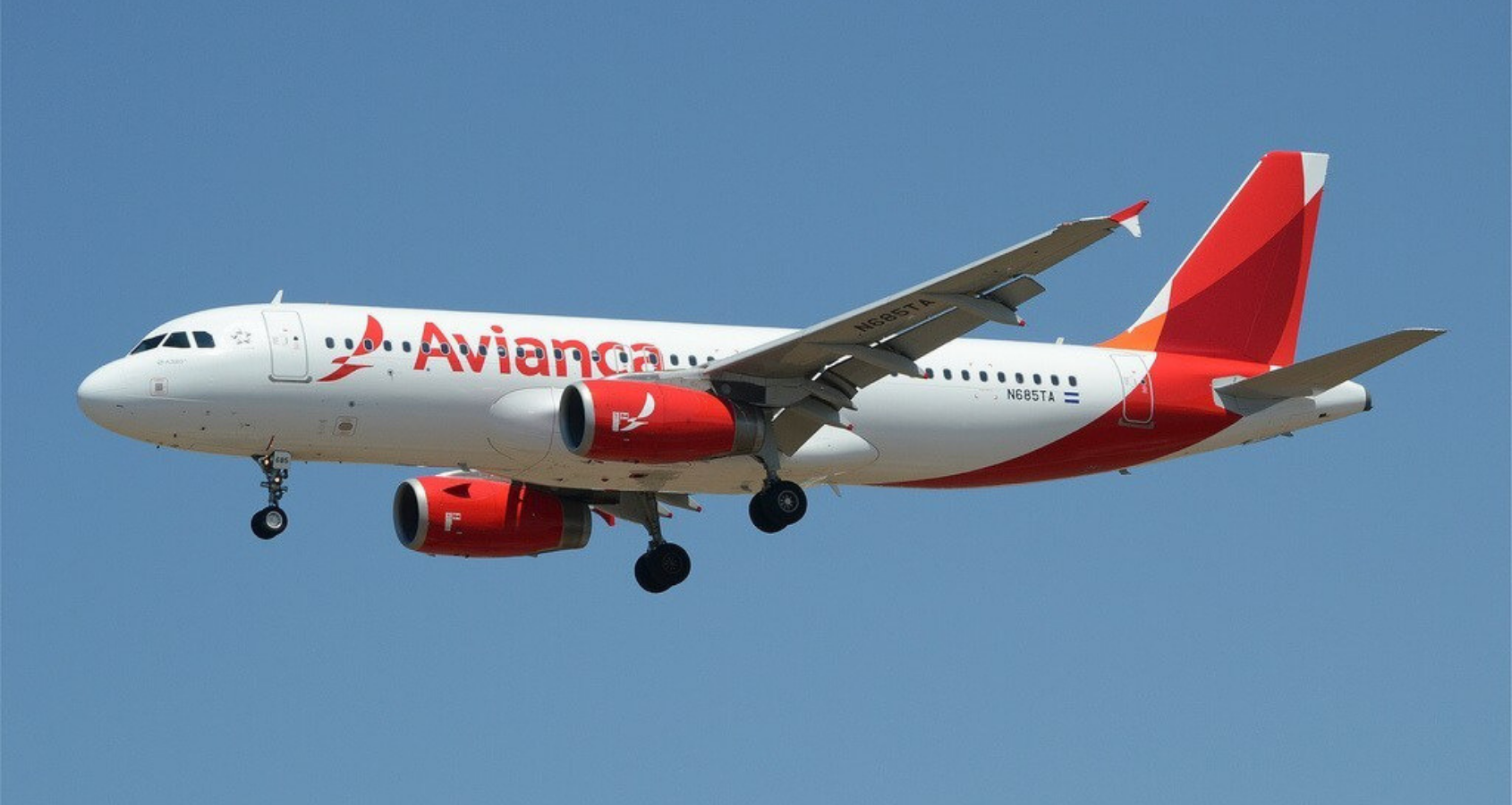 Avianca debe cesar su ataque contra los pilotos colombianos